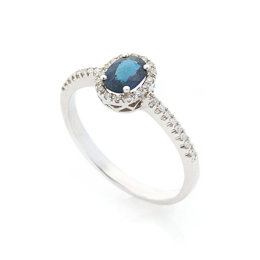 Золотое помолвочное кольцо с сапфиром и бриллиантами