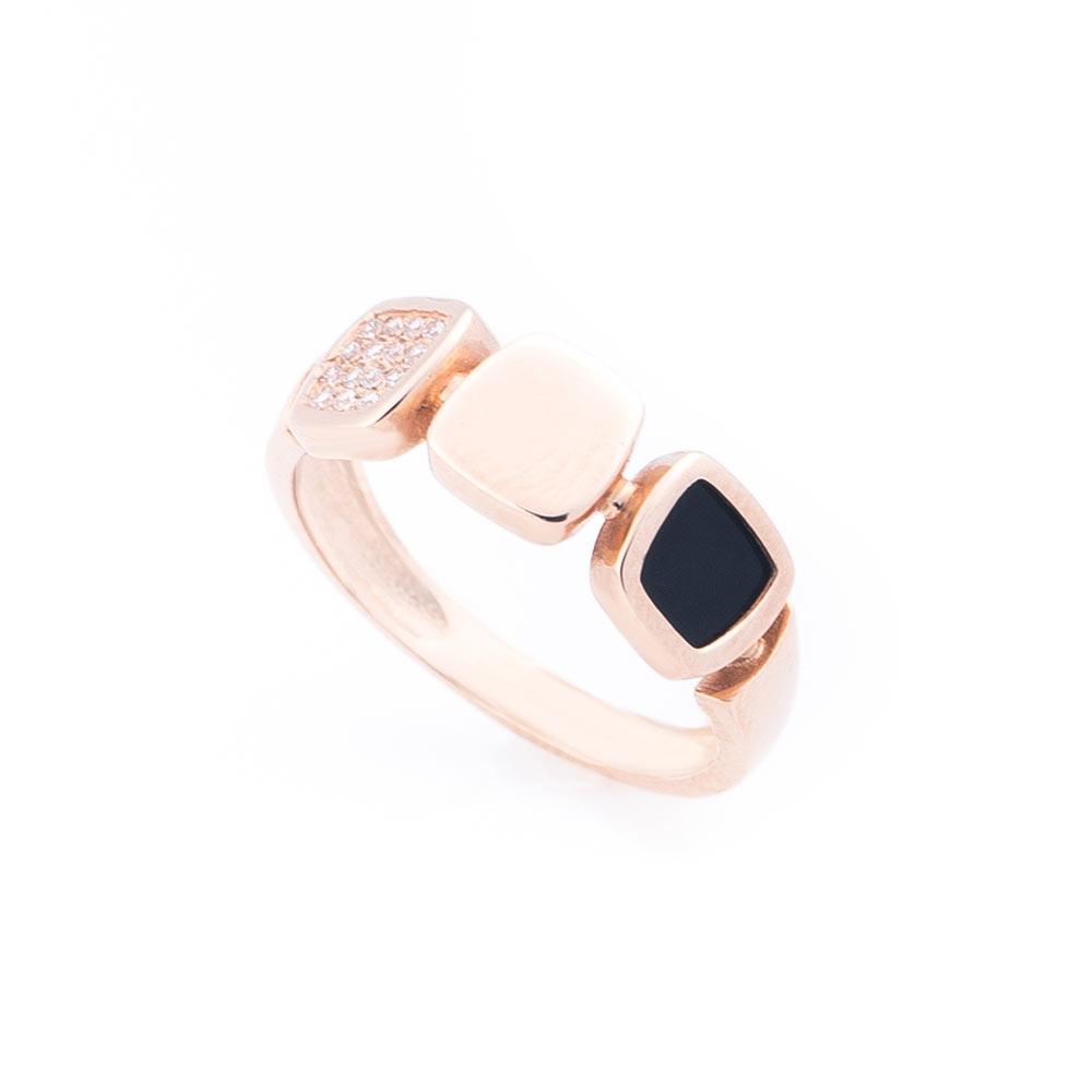 Золотое кольцо с фианитами и ониксом