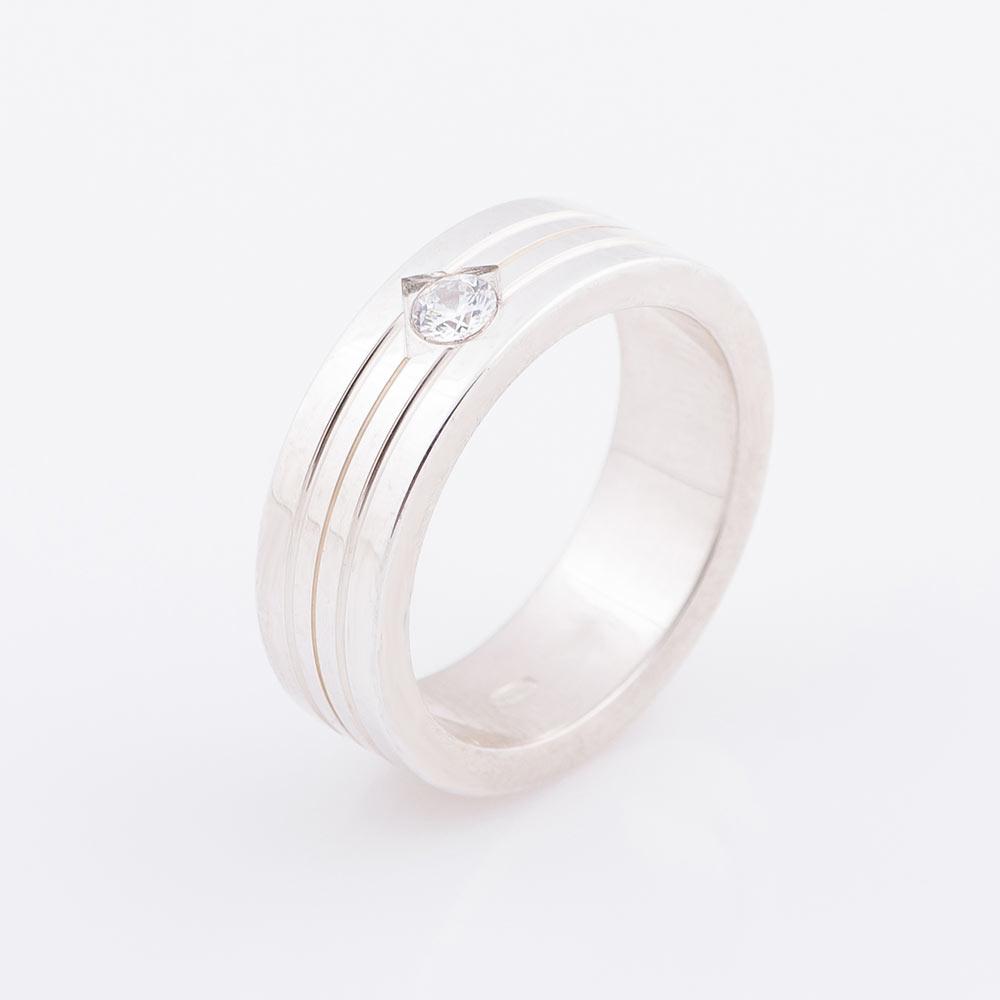 Серебряное обручальное кольцо с фианитом