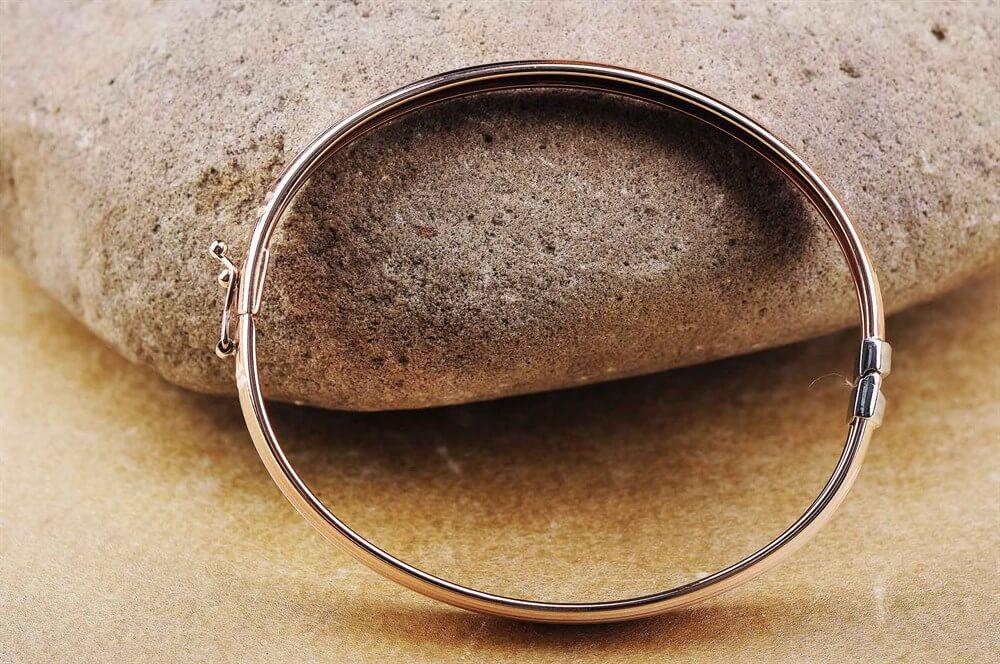 купить в барнауле жесткий золотой браслет