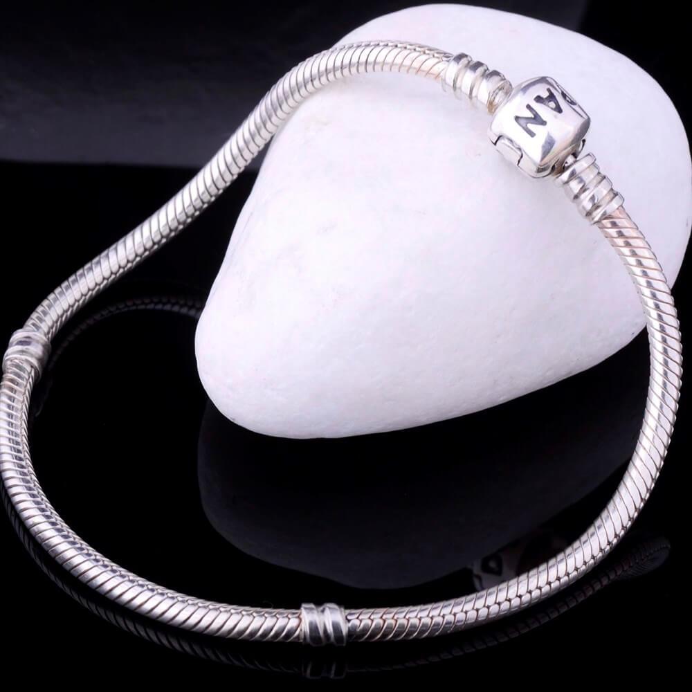 браслет из серебра с топазом